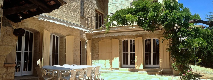 Ecole-sophrologie-sophro-formation-cours-stages-reconversion-professionnelle-hypnose-phobies-douleurs-maladies-relaxation-montpellier-avignon-Terrasse